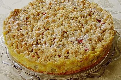 Rhabarberkuchen-mit-vanillecreme-und-streusel